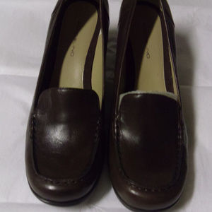 Bandolino Block heel  Dark Brown Loafer Pump